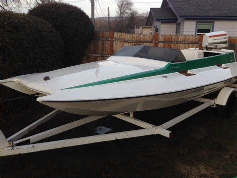Tunnel Boat Type 3 1 tunnel flite 17 ft picklefork boat for sale from usa