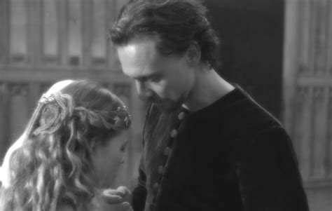 melanie thierry hollow crown hollow crown fans tom hiddleston and melanie thierry in