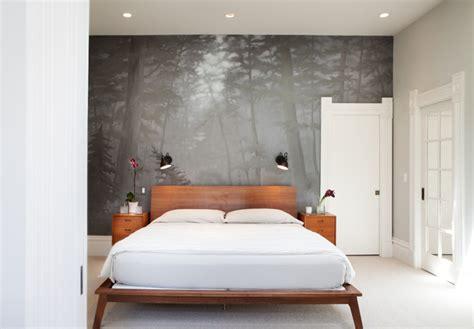 holzbett grau fototapete wald im schlafzimmer ideen f 252 r wundervolle