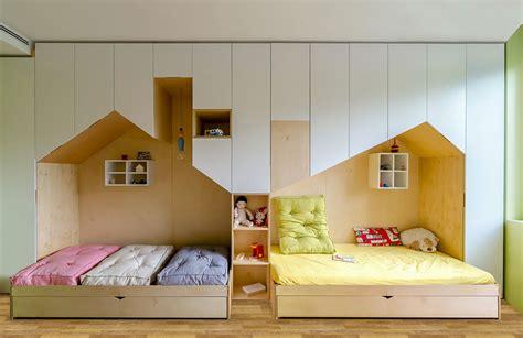 letti bambini originali camerette con due letti a terra tante idee di arredo