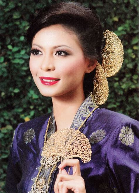 malaysian traditional hair styles traditional malay hairstyles malay wedding pinterest