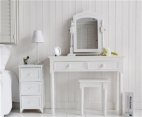 maine white bedside table  england white bedroom furniture