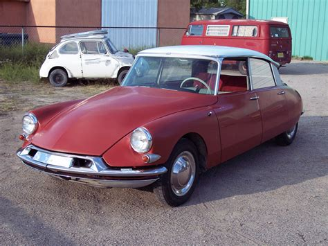 Citroen Ds19 by 1960 Citroen Ds19 Information And Photos Momentcar