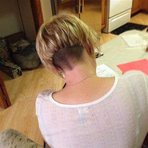 how much is a women s haircut at great clips short graduated undercut layered bob with clippered nape