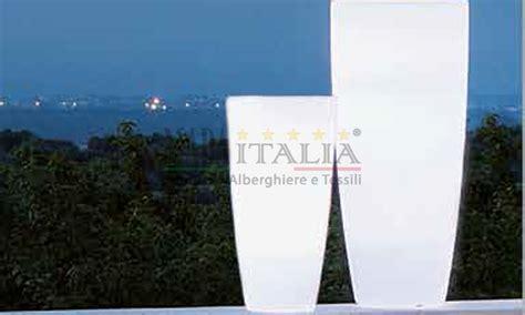 vasi luminosi da esterno vaso luce led esterno e interno hotel
