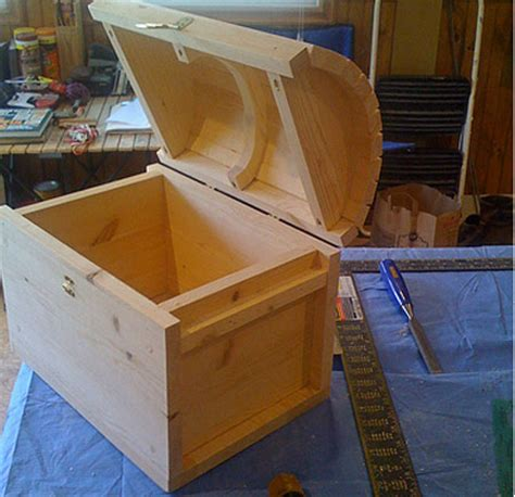 build  toy chest