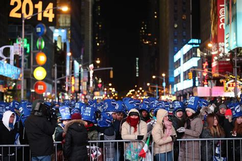 times square new years eve bathroom facilities new york ny december 31 new year s eve revelers gather