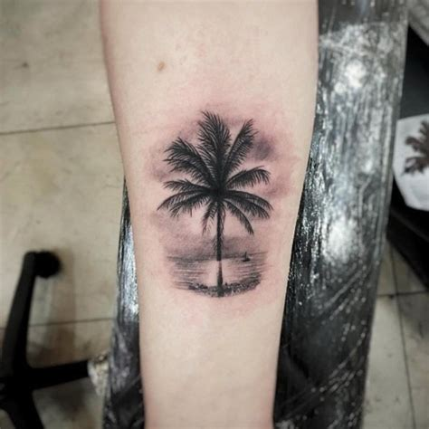 miami tattoos designs 38 alluring palm tree designs miami miami