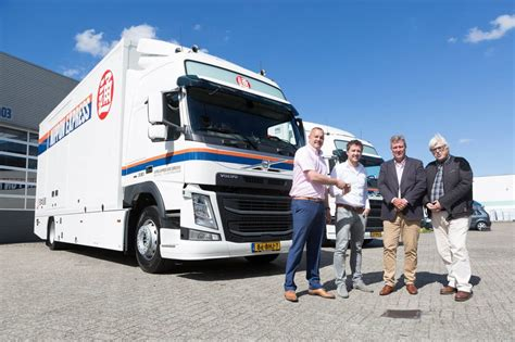 volvo truck center volvo truck center completeert vloot nippon express