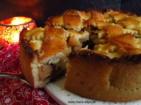 Gedeckter Apfel Quitte Calvados Kuchen