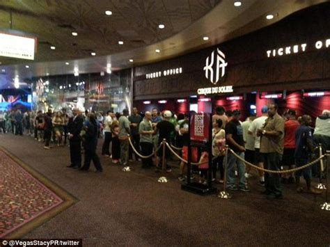 Mgm Ticket Office by Fans Get Their On Floyd Mayweather Vs Manny Pacquiao