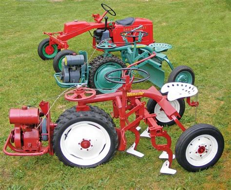 lawn and garden tractor