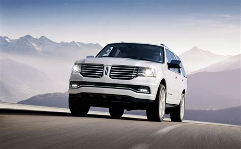 2015 lincoln navigator pictures 2015 lincoln navigator pictures photos gallery the car