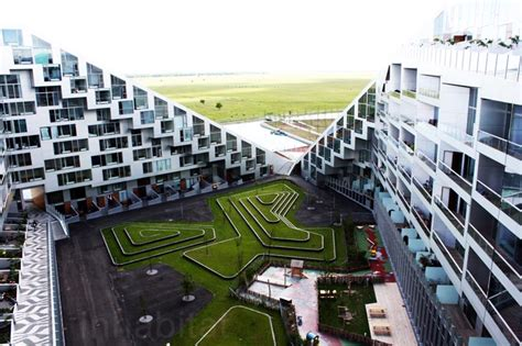 big s 8 house wins the 2010 scandinavian green roof award 8 tallet green roofed eco village opens in denmark