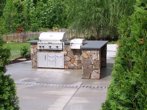 the benefits of a divine outdoor kitchen for your home kitchen tiled kitchen backsplash tips tiled glass