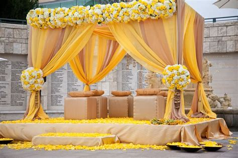 pics of decorations mehndi stage decoration ideas 2017 in pakistan pictures