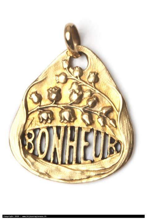 bijou porte bonheur bijoux regionaux portes bonheurs amulets talismans