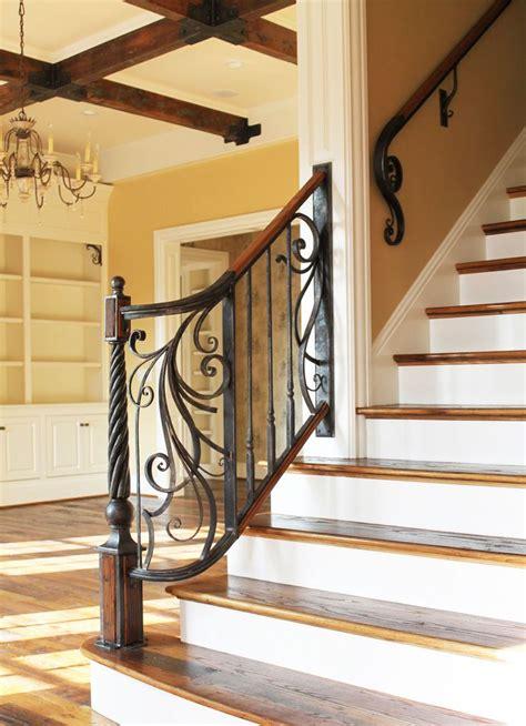 Fer Forge Stairs Design 147 Best Parapet Balcon Et Garde Corps En Fer Forg 233 Images On Pinterest Balconies Wrought