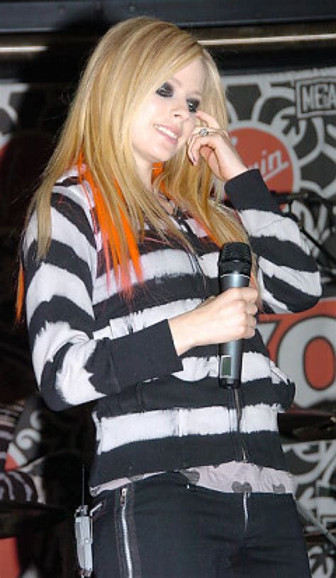 Avril Says Only Has Herself To Blame by Gatecrasher Lavigne Not So Keen On Hubby Ny Daily News