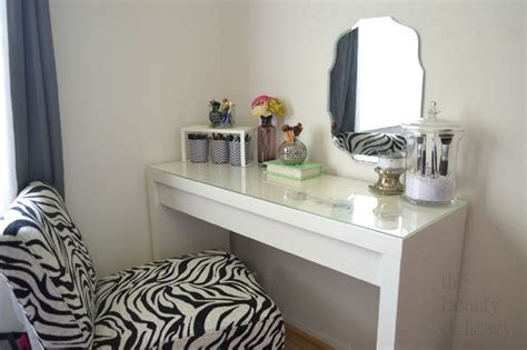 Ikea Vanity Table Ideas Corner Glass Top Vanity Table Eas Table With Mirror Decoration Ideas For Makeup