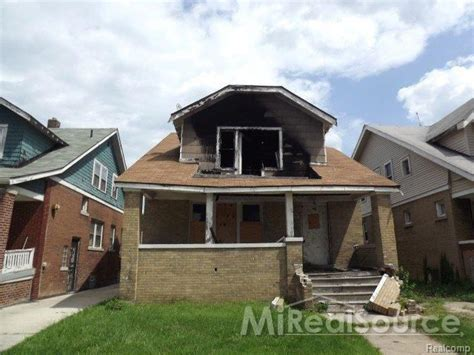 house for 1 dollar 13996 indiana st detroit mi 48238 3 beds 2 baths home
