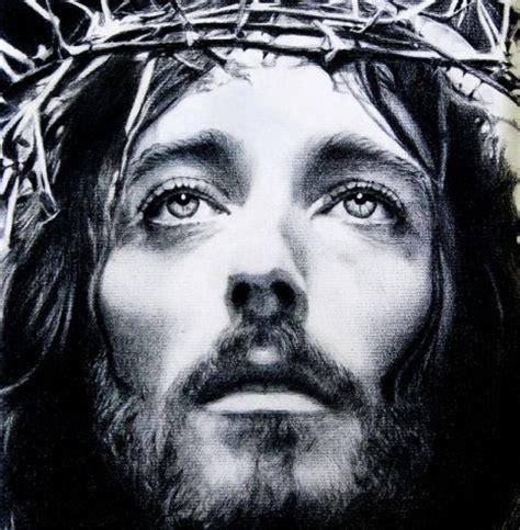 imagenes de jesucristo a blanco y negro rostros de cristo en blanco y negro imagui