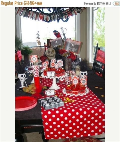 on sale today polka dot linens and white table runners napkins placemats and centerpieces