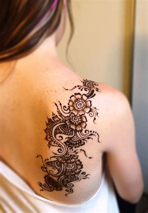 henna tattoo designs at the back 100 striking henna tattoos design for