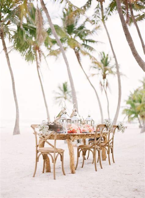10 232 res 233 l 233 gantes d habiller les chaises d un mariage