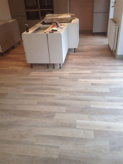 Karndean Knight Tile Lime Washed Oak   Flooring