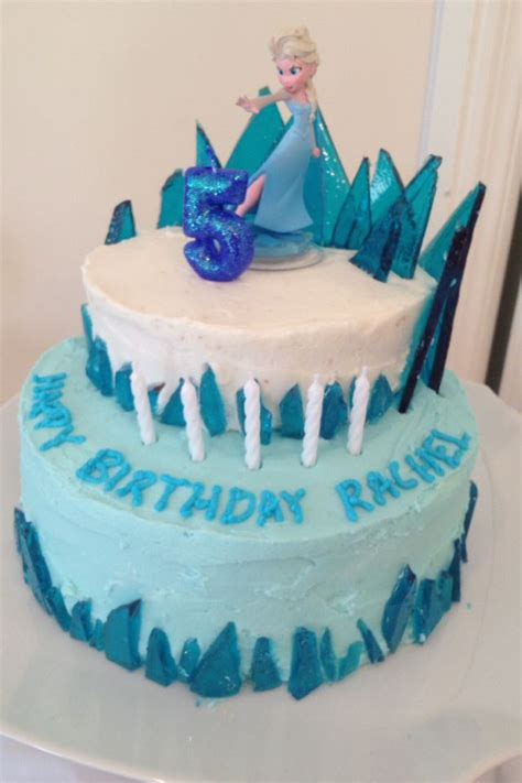 Frozen Cake This One Looks Pretty Easy Holly Hanshew