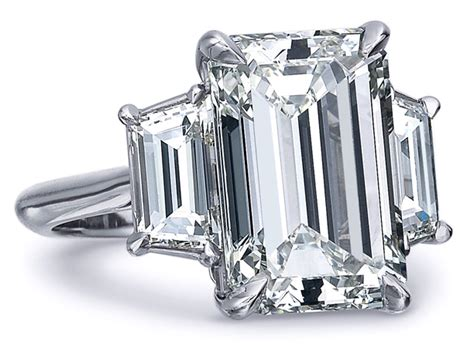 emerald cut trapezoids engagement ring 0 7 tcw in