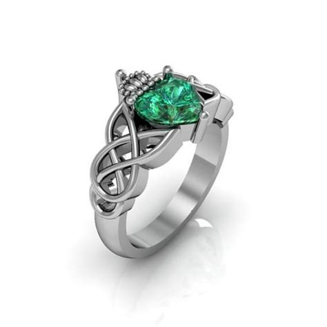 claddagh ring sterling silver emerald and