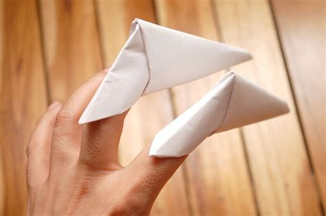 Origami Paper Claws - how to make origami paper claws