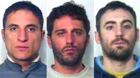 banco di napoli frattamaggiore rapinano il banco di napoli arrestati tre giuglianesi a