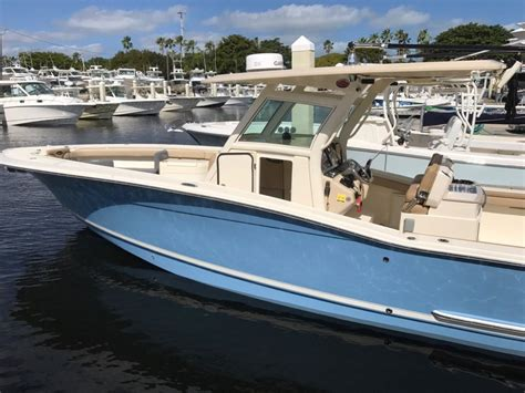 2013 used scout boats 320 lxf center console fishing boat - Scout Boats 320 Lxf For Sale