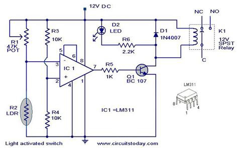 light activated switch circuit