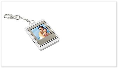 portachiavi cornice digitale natale 2011 10 idee regalo a meno di 50