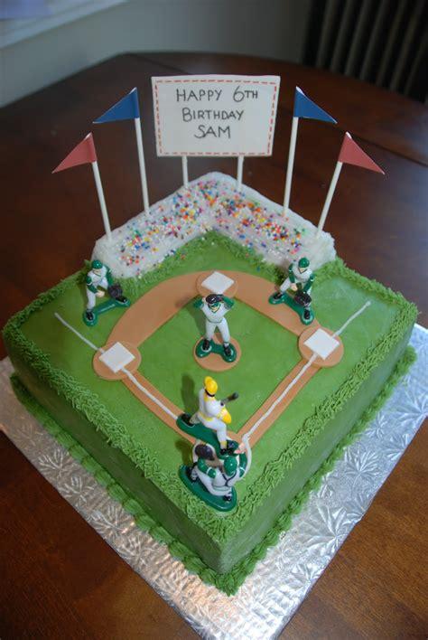 cake creations  trish baseball diamond cake
