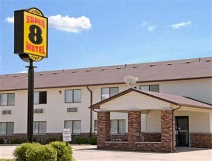 Comfort Inn Dyersville Iowa by 8 Motel Dyersville Dyersville Deals See Hotel