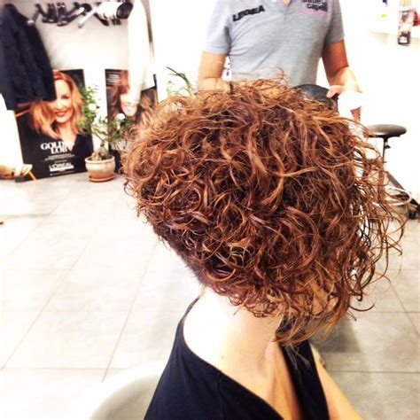 pictures of the back of curly stacked hair best 20 curly stacked bobs ideas on pinterest curly bob