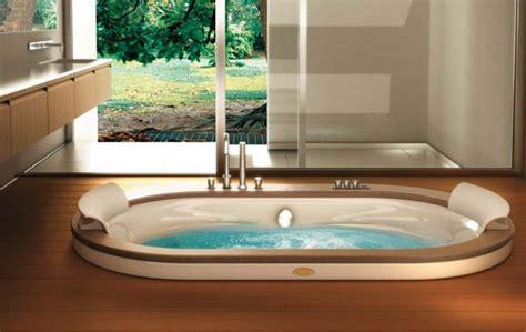 vasche da bagno doppie vasca idromassaggio ad incasso con finiture in legno