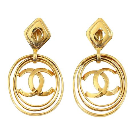 Cc Set Sekar 2in1 chanel vintage hoop earrings worn 3 ways bold and fabulous