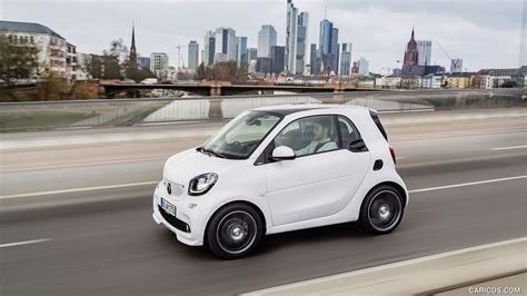 Smart Car Wallpaper Hd by 2017 Smart Fortwo Coupe Brabus White Side Hd