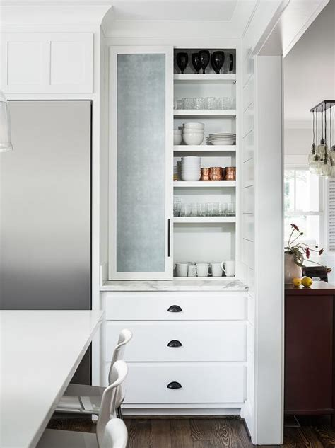 White Shaker Kitchen Cabinet In Black Enclosure Design Ideas Black Shaker Kitchen Cabinets