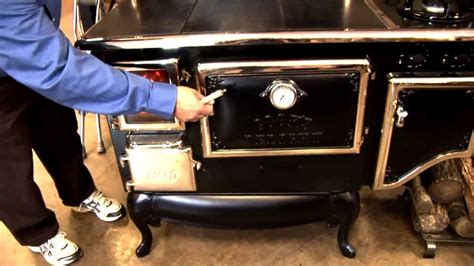 how to cook dogs on stove how to use a wood cook stove funnydog tv