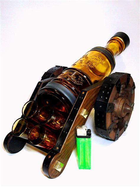 Pajangan Unik Rak Rantai Untuk Botol koleksi barang bekas unik set botol sloki rack meriam
