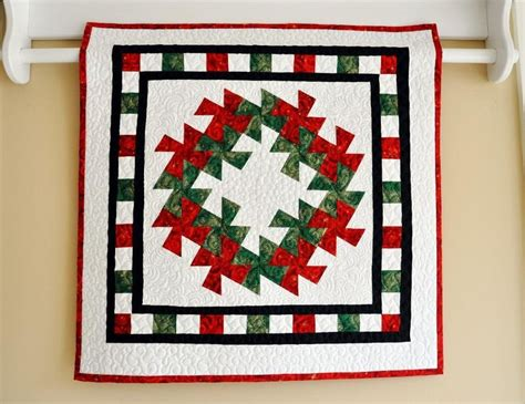 lil wreath wallhanging project on