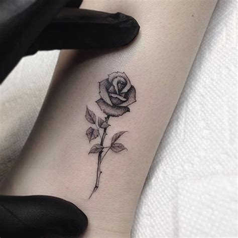 tiny rose tattoo tattoos elaxsir