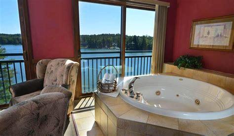 2 bedroom condos 2 bedroom lake condo wilderness on the lake wisconsin dells